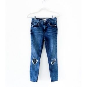 new✨ free people busted knee skinny ankle jeans